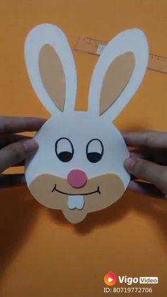 Coelho da Páscoa de EVA #coelho #pascoa #artesanato #eva #coelhinho #diy #video #tutorial #customizando Christmas Crafts For Kids To Make, Diy Videos, Pikachu, How To Make, Gifts, Christmas Crafts For Kids, Craft Ideas, Easter Bunny, Jelly Beans