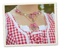 Wiesn outfit details: necklaces by Bijou Brigitte ♥ getting ready for Munich Beer Festival! blog.bijou-brigitte.com #oktoberfest