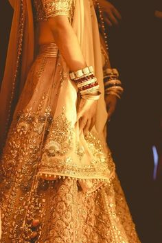 Indian Wedding Fashion- Indian weddings are the most diverse and vibrant kind of weddings in every aspect. They are full of cultural ethnicity vibrancy. In this post, we will be discussing the latest trends for bridal fashion in India. Indian Bridal Outfits, Indian Bridal Fashion, Indian Bridal Wear, Indian Dresses, Indian Wear, Asian Fashion, Bridal Dresses, Bride Indian, Asian Bridal