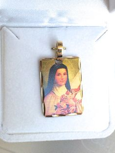 Saint Theresa Medal Catholic The Little Flower by BeattitudesGifts