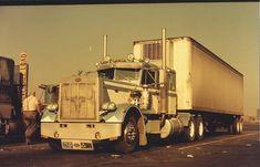 Custom Peterbilt, Peterbilt 359, Peterbilt Trucks, Trailers, Classic Trucks, Semi Trucks, Cool Trucks, Old School, Window