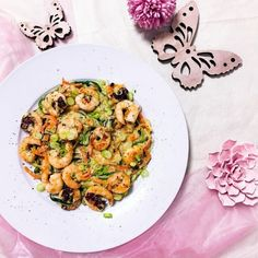 Cremige Zoodles mit Garnelen Couscous, Kung Pao Chicken, Cauliflower, Shrimp, Vegetables, Ethnic Recipes, Law, Food, Thai Soup