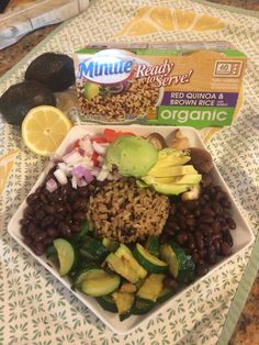 Red quinoa and brown rice Minute rice black bean zucchini bowl. Black Rice, Brown Rice, Minute Rice Recipes, Black Beans, Quinoa, Zucchini, Tasty, Organic, Red