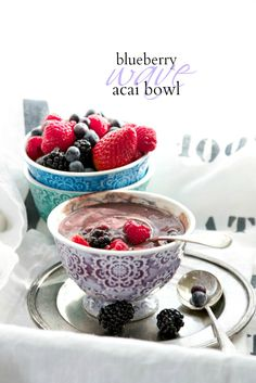 Blueberry Wave Acai Bowl { Vegan Raw } | Just a Smidgen