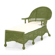 Beach House Chaise Lounge in Meadow Green