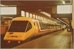 1979 British Rail Advanced Passenger Train – So Near, Yet So Far Locomotive Engine, Electric Locomotive, Diesel Locomotive, Gas Turbine, Train Pictures, British Rail, Draw On Photos, Speed Training, London Transport