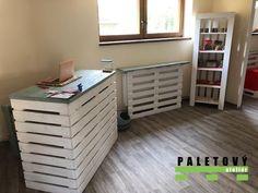 Vybavení obchodu nábytkem z palet Stylus, Divider, Room, Furniture, Home Decor, Bedroom, Decoration Home, Style, Room Decor