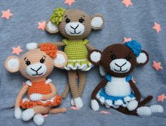 Find out how to crochet a simple doll amigurumi. The Baby Doll Amigurumi Crochet Pattern describes only the base of the doll. Crochet Monkey, Crochet Lion, Crochet Gratis, Crochet Bunny, Crochet Art, Cute Crochet, Crochet For Kids, Crochet Elephant Pattern, Crochet Patterns Amigurumi