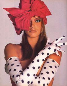 """Harper's Bazaar US November 1985 """"Hats And Gloves Are Hot"""" Model: Renée Simonsen ph: Francesco Scavullo"""