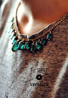 T-shirt + necklace