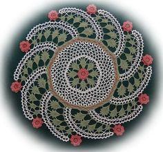 Rose Infinity - Crochet for perfectionists, I think! very beautiful. Crochet Dollies, Crochet Art, Crochet Purses, Crochet Home, Thread Crochet, Crochet Flowers, Free Crochet, Irish Crochet Patterns, Doily Patterns