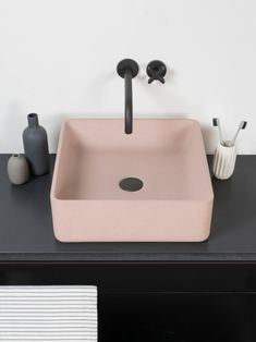 An elegant slim-edge counter top basin with subtle curves and contoured bowl. Minimal in the overall form, the refined finish and slim edge detail of the Arla basin enhances both the design and practicality. Available in two sizes; a compact cubic design Bathroom Inspiration, Interior Inspiration, Bathroom Ideas, Pictures In Bathroom, Bathroom Remodeling, Japanese Minimalist, Concrete Basin, Concrete Pool, Design Apartment