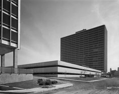 Lafayette Park, Detroit, 1955-1963. Arch. Ludwig Mies Van ser Rohe, Urban Design Ludwig Hilberseimer.