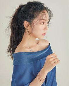 – Many of the trainees thought Irene to be scary because she didn't speak much. Seulgi, Ft Tumblr, Red Velvet Photoshoot, Mode Ulzzang, Red Velvet Irene, Pink Island, K Idols, Girl Crushes, Kpop Girls