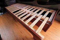 genius idea! Could make a bench in the kids room and pull it out as a spare bed for sleep overs...? Looks easy-ish to make.