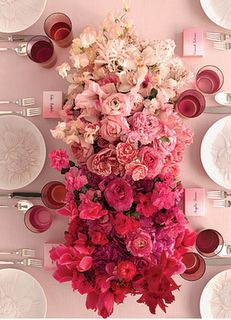 gradient white | pink | red flower arrangement