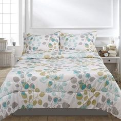 Lauren Taylor Bloom 3-piece Comforter Set
