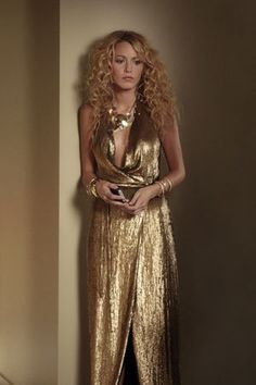 oh man, I love gold and big hair.