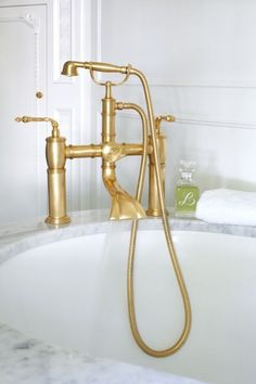 Antique Brass Tub Filler - Traditional - bathroom - At Home in Arkansas Traditional Bathroom, Trendy Bathroom Designs, Interior Design Inspiration, Modern Bathroom Design, Bathtub Fixture, Marble Tub, Modern Interior Design, Bathroom Design, Beautiful Bathrooms