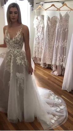 Cute Wedding Dress, Rustic Wedding Dresses, Best Wedding Dresses, Bridal Dresses, Wedding Ideas, Wedding Hacks, Wedding Rustic, Gown Wedding, Wedding Dress Shapes