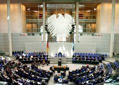 Worum geht's? Gestern Abend wurde zum ersten mal über den Gesetzesentwurf beraten der es zukünftig leichter machen soll, für Cannabis-Patienten an die nötige Cannabis Heilmittel zukommen. Der Entwurf soll Anfang 2017 in kraft treten und läutet eine neue Ära ein, in der es möglich ist, ganz offiziell in Deutschland auch durch die Krankenversicherung mit Cannabis …