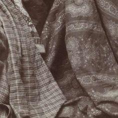 Portret van een Javaanse vrouw in traditionele kleding, anonymous, 1880 - 1910 - Rijksmuseum