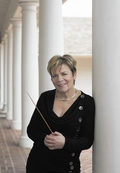Marin Alsop is a conductor and violinist. She is the music director of the Baltimore Symphony Orchestra the first female conductor of a major American orchestra. She is also music director of the São Paulo State Symphony Orchestra. Classical Opera, Classical Music, Musician Photography, Love Photography, Director, Conductors, Amazing People, Music Stuff, Boss Lady
