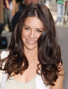 Evangeline Lilly...was told I looked like her once. Love her hair!