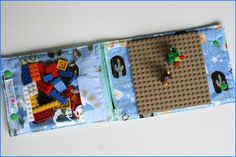Lego Construction Wallets from Jilly Jumbles. Great for a few little boys in my life! Sewing Toys, Baby Sewing, Sewing Crafts, Sewing Projects, Projects For Kids, Crafts For Kids, Sewing Tutorials, Sewing Patterns, Lego Bag
