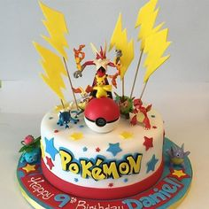 ▷ 1001 + ideas for a beautiful Pokemon cake for your birthday child - yellow flashes. a red pokeball, little pokemon being. a yellow pikachu, dragon pokemon, red and blu - Bolo Pikachu, Pikachu Cake, Pikachu Pokeball, Rayquaza Pokemon, Pokemon Red, Pokemon Torte, Pokemon Birthday Cake, Birthday Cakes, 6th Birthday Parties
