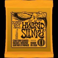 Ernie Ball – 2222 – Hybrid Slinky. Corde Mute per chitarra elettrica Avvolgitura in acciaio nichelato. Scalatura .009-.011.-016-.026-.036-.046