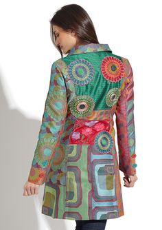 Clearly I need to begin collecting fabrics again. Colorful Fashion, Boho Fashion, Fashion Outfits, Womens Fashion, Cool Coats, Bohemian Mode, Altered Couture, Diy Clothing, Models