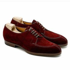 Exquisite burgundy suede apron derby with split toe by @saintcrispins for their new IG account, @saintcrispinsamericas .... #burgundyshoes #suedeshoes #mensshoes #menswear #saintcrispins #dressshoes #handmadeshoes #handmade #shoes #mensfootwear #mensstyle #shoes #scarpe #zapatos #chaussures #theshoesnob