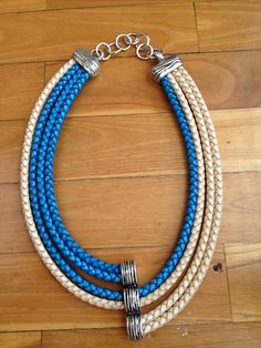 Rope Jewelry, Bead Jewellery, Pendant Jewelry, Jewelry Crafts, Diy Necklace, Leather Necklace, Necklace Designs, Handmade Leather Jewelry, Handmade Necklaces