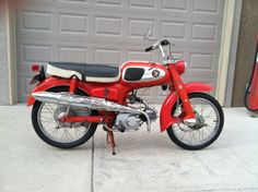1966 Honda S65  65cc OHC engine with 4 speed transmission  Top Speed 56 MPH