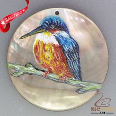 HAND PAINTED KINGFISHER NATURAL MOTHER OF PEARL SHELL PENDANT ZH30 00028 #ZL #PENDANT
