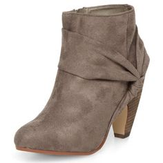 Twist detail ankle boot