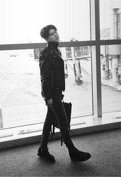 Image about yunhyeong iconic icon in IKON by Waeng Waeng Yg Ikon, Ikon Kpop, Bobby, Ikon Songs, Ikon Debut, Fandom, Hanbin, Pop Bands, Me Me Me Song