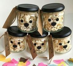 #Popcorn #traktatie #hond # glazenpotje Kids Birthday Treats, Birthday Favors, Baby Birthday, Bookmarks Kids, Happy Party, Time Kids, Weird Food, Pet Treats, Cute Food