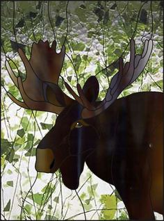 Moose Head with Fracture/Streamer background. Stained Glass Patterns Free, Stained Glass Designs, Stained Glass Projects, Mosaic Patterns, Faux Stained Glass, Fused Glass Art, Stained Glass Windows, Glass Vase, Mosaic Art
