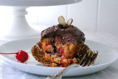 gluten, dairy, sugar free cherry almond cupcakes