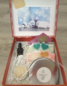 Vegan Spa Gift Set Vegan Deodorant, Organic Body Wash, Coconut Oil Soap, Anniversary Favors, Cheer Up Gifts, Solid Shampoo, Box Delivery, All Natural Skin Care, Motivational Gifts