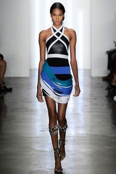 See the Ohne Titel Spring 2015 collection on Vogue.com.