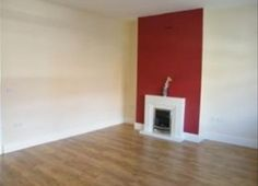 New flat ideas on pinterest red accent walls feature for Neutral feature wall colours