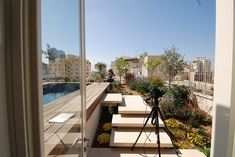 Rooftop+Apartment+by+Amitzi+Architects