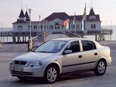 Opel Astra (1998 - 2004).