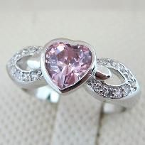 CLASSY PINK HEART GEMSTONE JEWELRY RING Size6