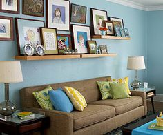sobre o sofá .... gostei muito!!!!! mas não precisava os dois abajour iguais, né?