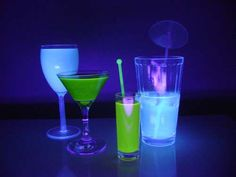 Drinks that glow in the dark!( Black lights needed)   I made 4 different drinks:  -Classic gin and tonic  -Red Bull and vodka( Add Vitamin B or 1/4 shot tonic)  -Vodka and sprite ( Add Vitamin B or 1/4 shot tonic)  -Sobe pina colada with white rum( Add Vitamin B or 1/4 shot tonic)