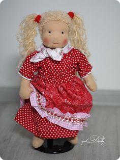 Купить Кэти (шерсть) - кукла вальдорфская с возможностью переодевания - ярко-красный, кукла, вальдорф, вальдорфская